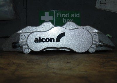 Alcon calipers before Mountune yellow caliper paint