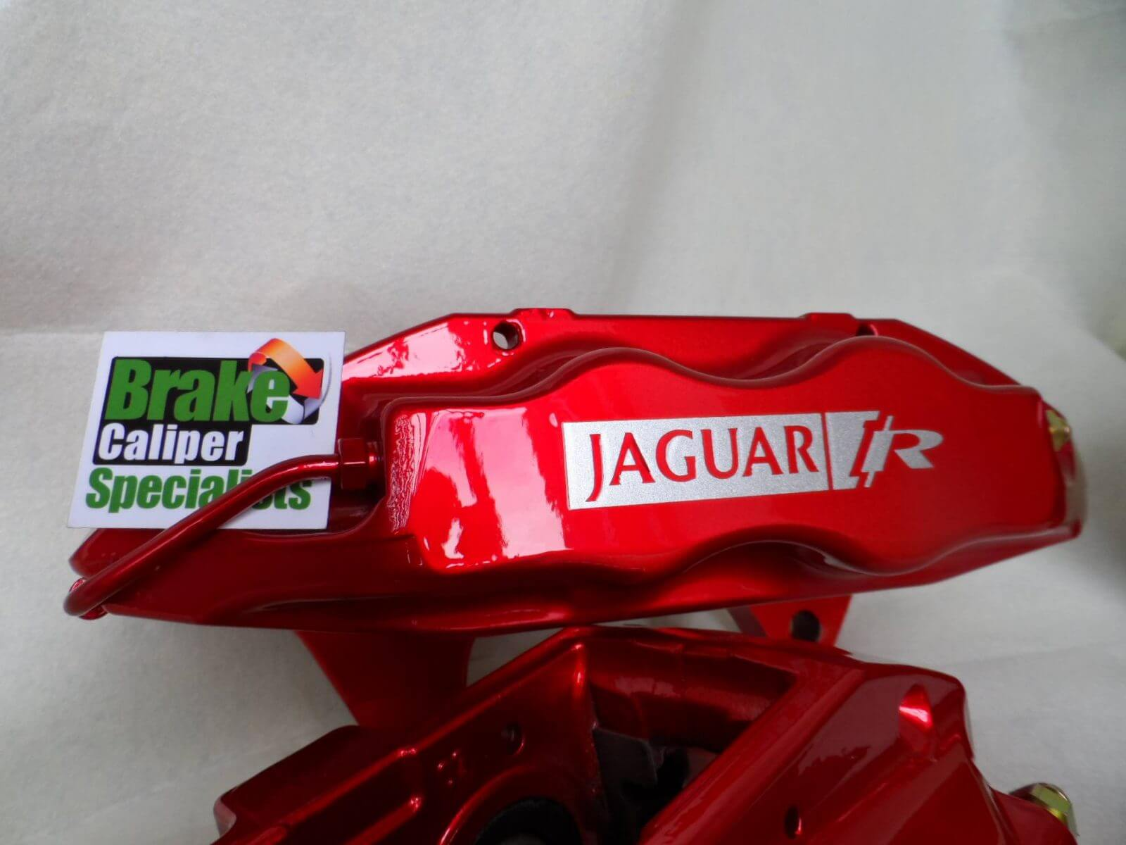 Jaguar XKR brembo calipers in red
