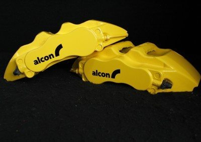 Alcon calipers painted in Mountune yellow