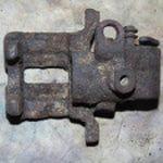 Audi 100 brake caliper2