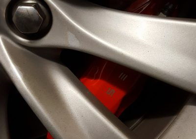 tesla-model-s-brembo-brake-calipers-fitted
